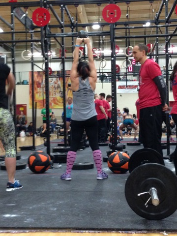 Andrea cruising through the kettlebell swings @ GG1