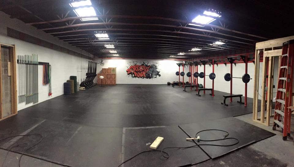 Daniel and Darby's new gym is looking great!!